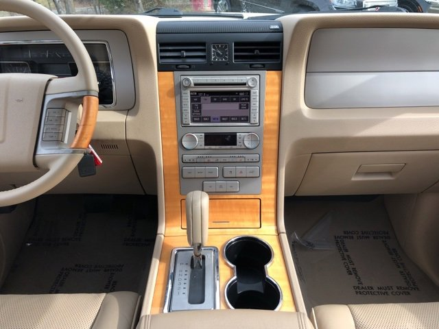 Used 2007 LINCOLN Navigator L 4WD 4dr