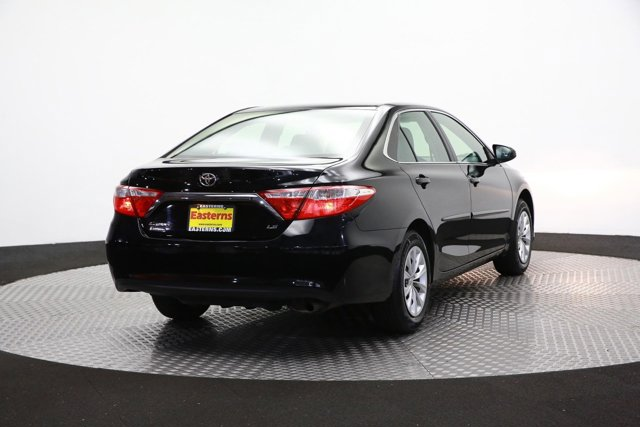 2017 Toyota Camry for sale 124354 4