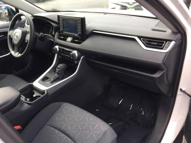 New 2020 Toyota RAV4 XLE AWD