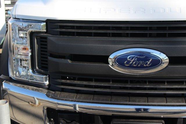 New 2017 Ford Super Duty F-550 DRW XL 2WD Reg Cab 169 WB 84 CA
