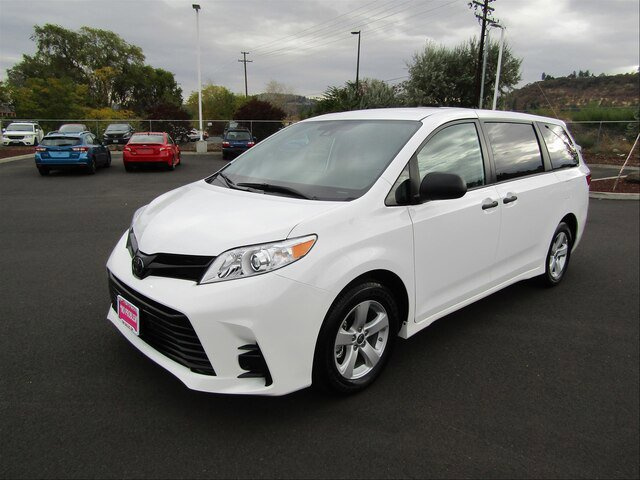 Used 2020 Toyota Sienna in The Dalles, OR