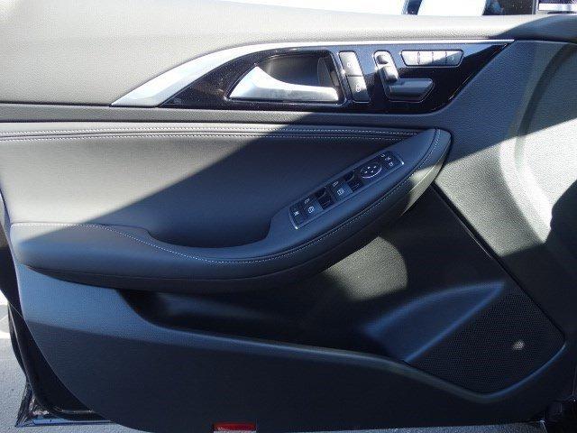 New 2017 Infiniti QX30 Sport FWD