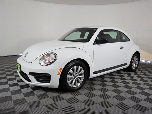 2017 Volkswagen Beetle 1.8T S 1.8T S Auto Intercooled Turbo Regular Unleaded I-4 1.8 L/110 [9]