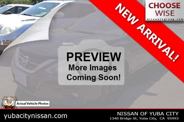 2017 Nissan Altima 2.5 SR 2.5 SR Sedan Regular Unleaded I-4 2.5 L/152 [18]