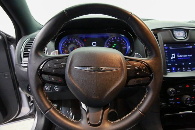 2018 Chrysler 300 for sale 120675 14