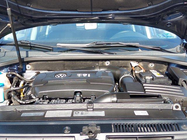 2014 Volkswagen Passat 4dr Sdn 1.8T Auto Wolfsburg Ed PZEV