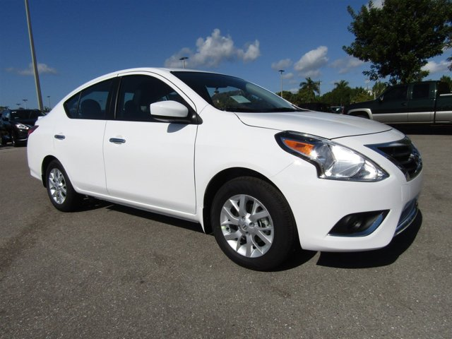 New 2017 Nissan Versa in Fort Myers, FL