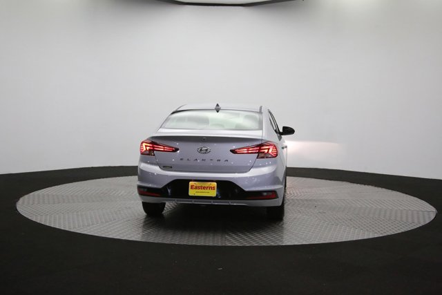 2019 Hyundai Elantra for sale 124300 33