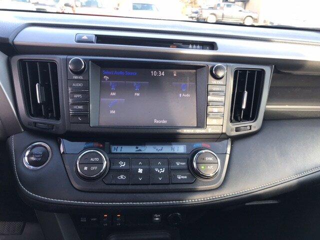 2018 Toyota RAV4 Limited photo