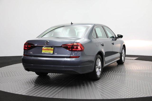 2017 Volkswagen Passat for sale 124425 4