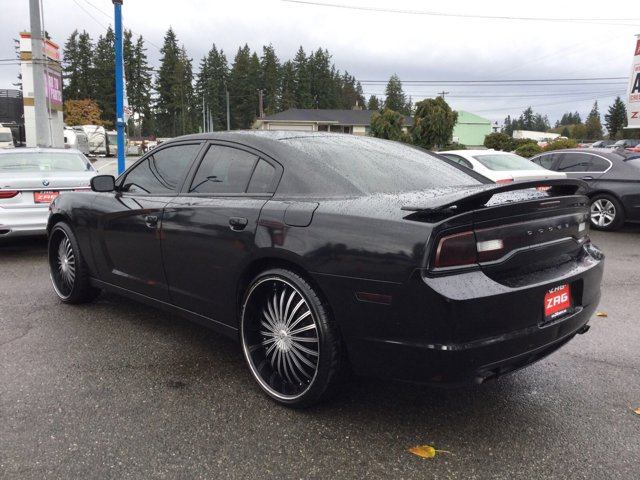 Used 2011 Dodge Charger 4dr Sdn SE RWD