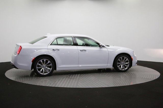 2019 Chrysler 300 for sale 122416 38