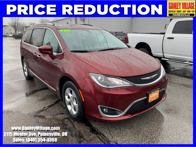 Used 2017 Chrysler Pacifica in Cleveland, OH