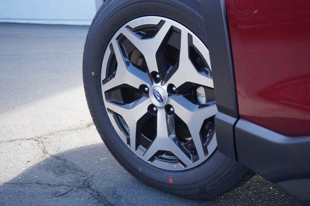 New 2020 Subaru Forester Premium CVT