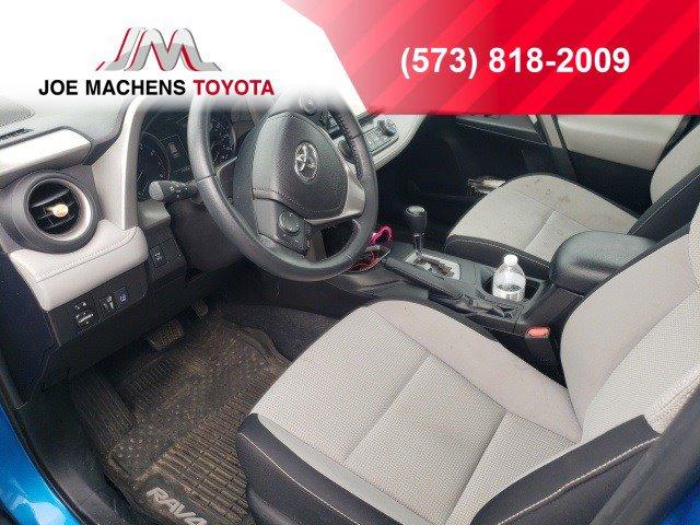 Used 2018 Toyota RAV4 in Columbia, MO