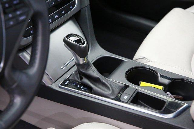 2017 Hyundai Sonata for sale 123989 11