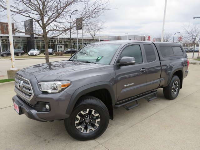 Used 2017 Toyota Tacoma in Akron, OH