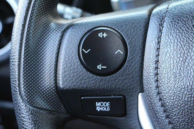 2018 Toyota Corolla LE 27