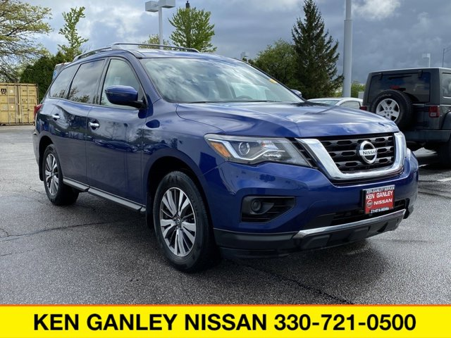 Used 2017 Nissan Pathfinder in Medina, OH