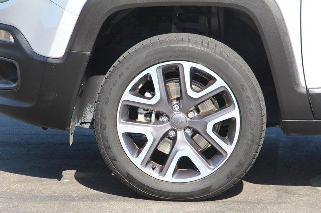 2015 Jeep Renegade Latitude 8