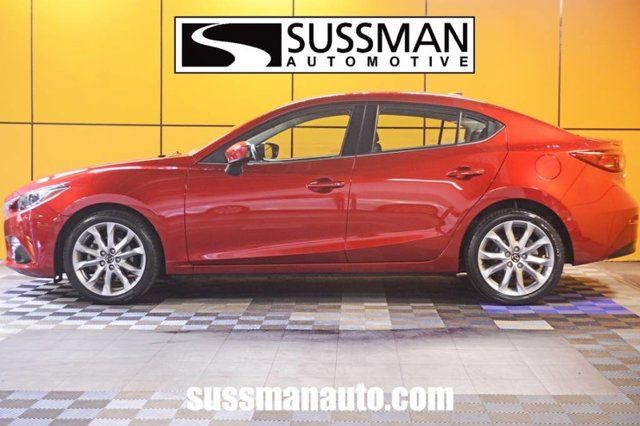 Pre-Owned 2016 Mazda3 s Touring
