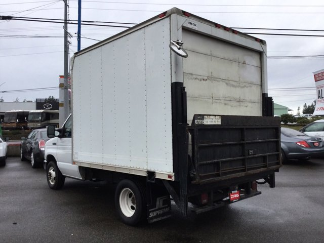 Used 2008 Ford Econoline Commercial Cutaway E-350 Super Duty 138 DRW