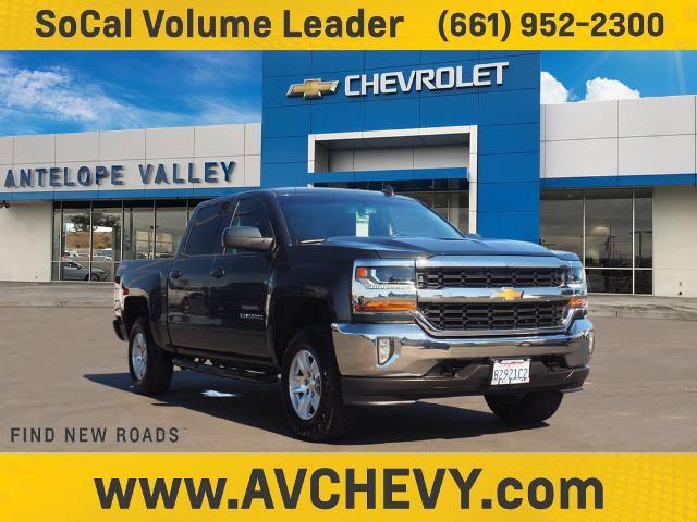"""2017 Chevrolet Silverado 1500 LT 4WD Crew Cab 143.5"""" LT w/1LT Gas V8 5.3L/325 [2]"""