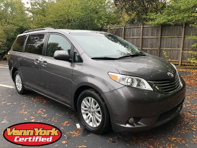 Used 2017 Toyota Sienna in , NC