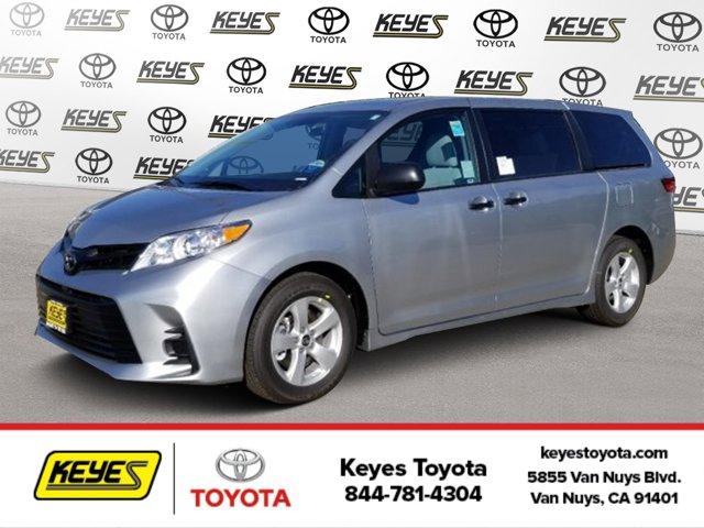 New 2020 Toyota Sienna in Van Nuys, CA