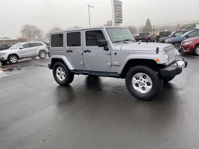 Used 2014 Jeep Wrangler Unlimited 4WD 4dr Sahara