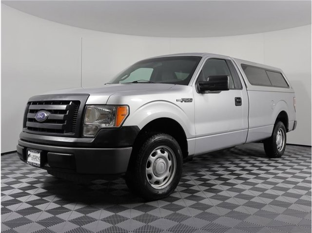 2010 Ford F-150 XL Pickup 2D 8 ft