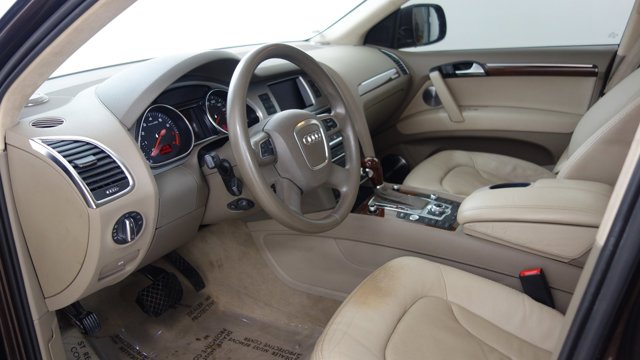 Used 2010 Audi Q7 in St. Louis, MO