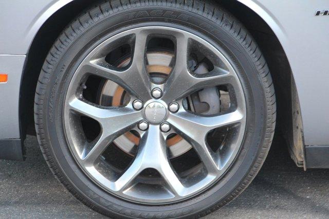 2016 Dodge Challenger R/T 8