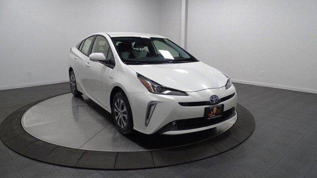 New 2019 Toyota Prius in Hillside, NJ