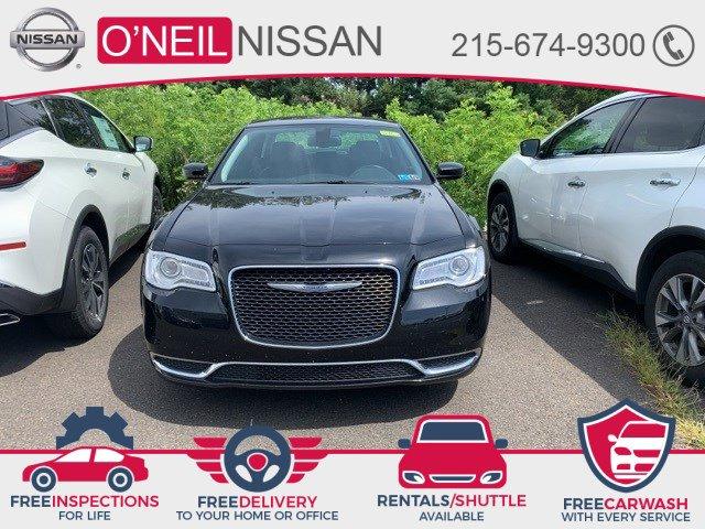 2016 Chrysler 300 Limited 4dr Sdn Limited RWD Regular Unleaded V-6 3.6 L/220 [0]