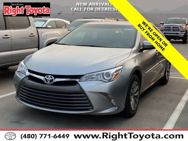 2015 Toyota Camry LE 4dr Sdn I4 Auto LE Regular Unleaded I-4 2.5 L/152 [2]