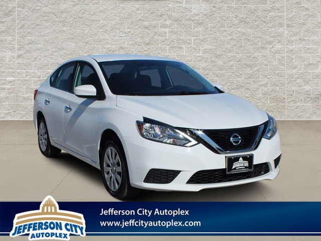Used 2018 Nissan Sentra in Jefferson City, MO