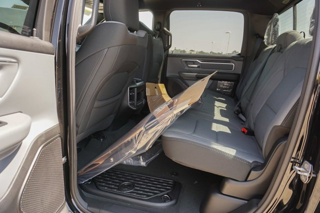 New 2021 Ram 1500 Big Horn 4x4 Crew Cab 5'7 Box