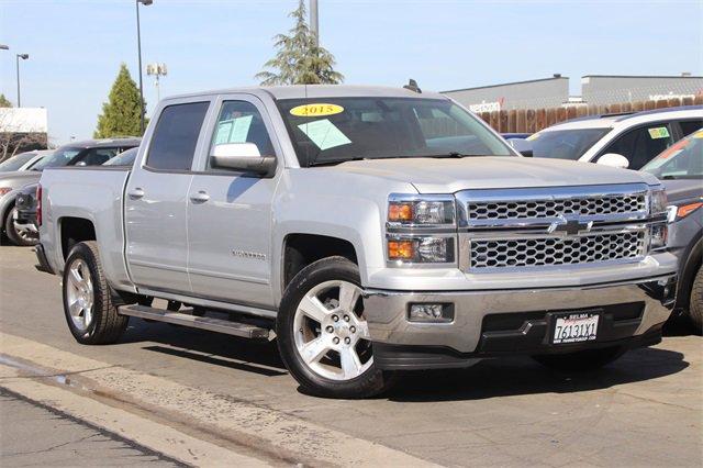 """2015 Chevrolet Silverado 1500 LT 2WD Crew Cab 143.5"""" LT w/1LT Gas V8 5.3L/325 [3]"""