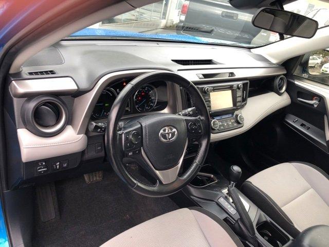 2017 Toyota RAV4 Hybrid XLE AWD