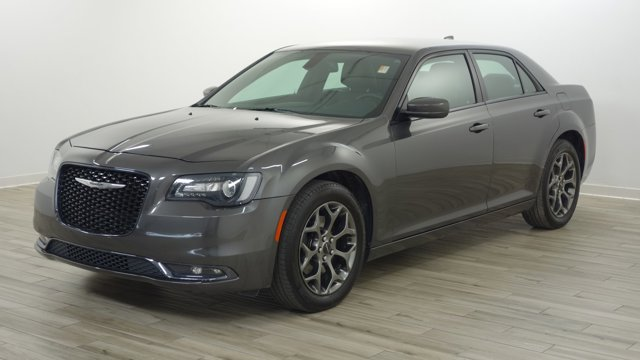Used 2016 Chrysler 300 in O'Fallon, MO