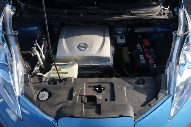 2013 Nissan LEAF SL photo