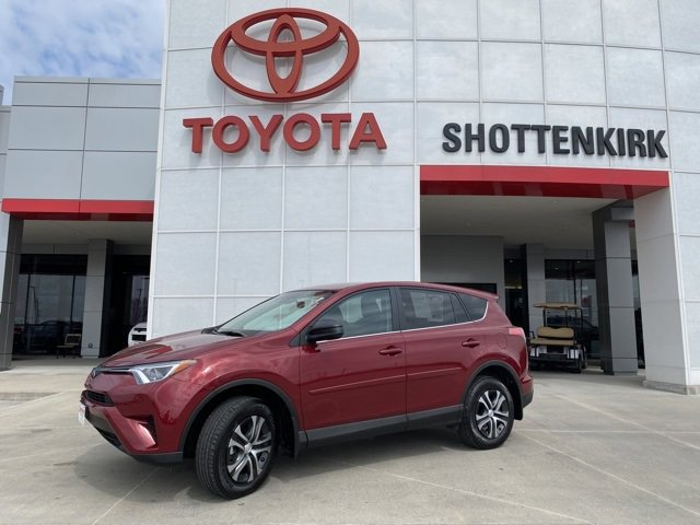 Used 2018 Toyota RAV4 in Quincy, IL