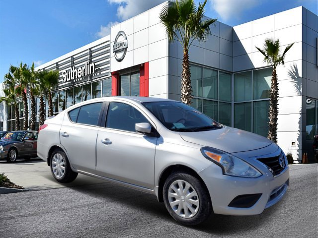 New 2019 Nissan Versa in Orlando, FL
