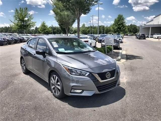 2020 Nissan Versa SR SR CVT Regular Unleaded I-4 1.6 L/98 [10]