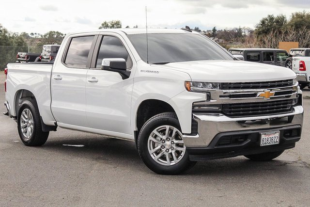 "2020 Chevrolet Silverado 1500 LT 4WD Crew Cab 147"" LT Gas V8 5.3L/325 [1]"