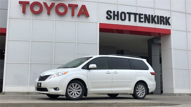 Used 2015 Toyota Sienna in Quincy, IL