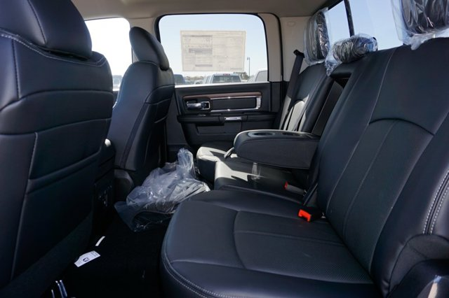 New 2019 Ram 1500 Classic Laramie 4x4 Crew Cab 5'7 Box
