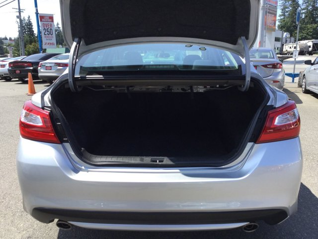 Used 2016 Nissan Altima 4dr Sdn I4 2.5 S