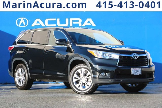 Used 2014 Toyota Highlander in , CA